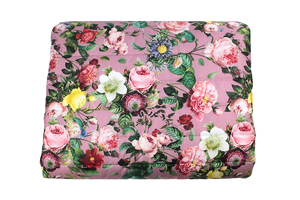 Flowery garden on pink - quilted orthalion