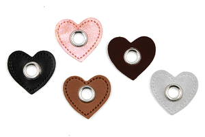 Eyelets eco leather - Heart
